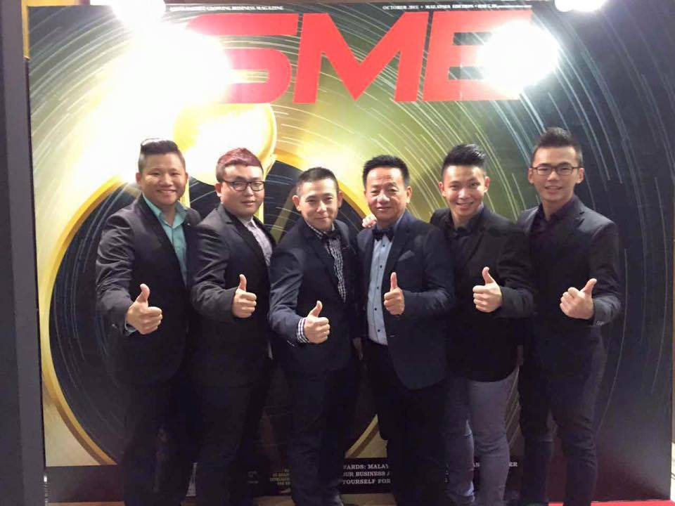EE Jia Housewares (M) Sdn. Bhd SME 100 Awards 2015 - Fast Moving Companies.